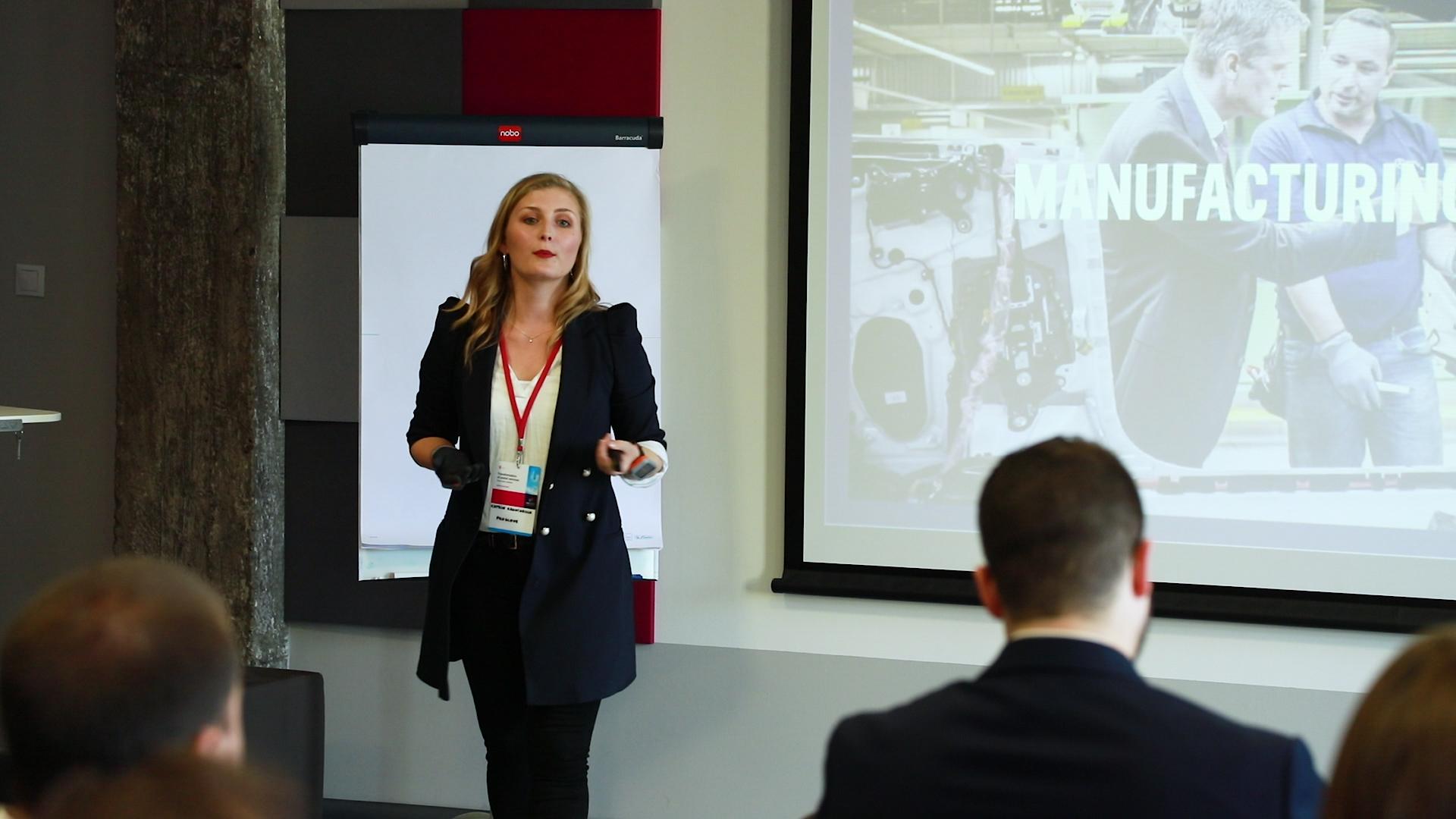 Katrin Krawiarsch prezentująca rozwiązanie ProGlove